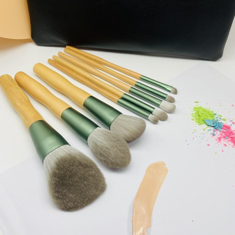 Professional make up brush set eco-friendly natural wood handle custom make up brush set