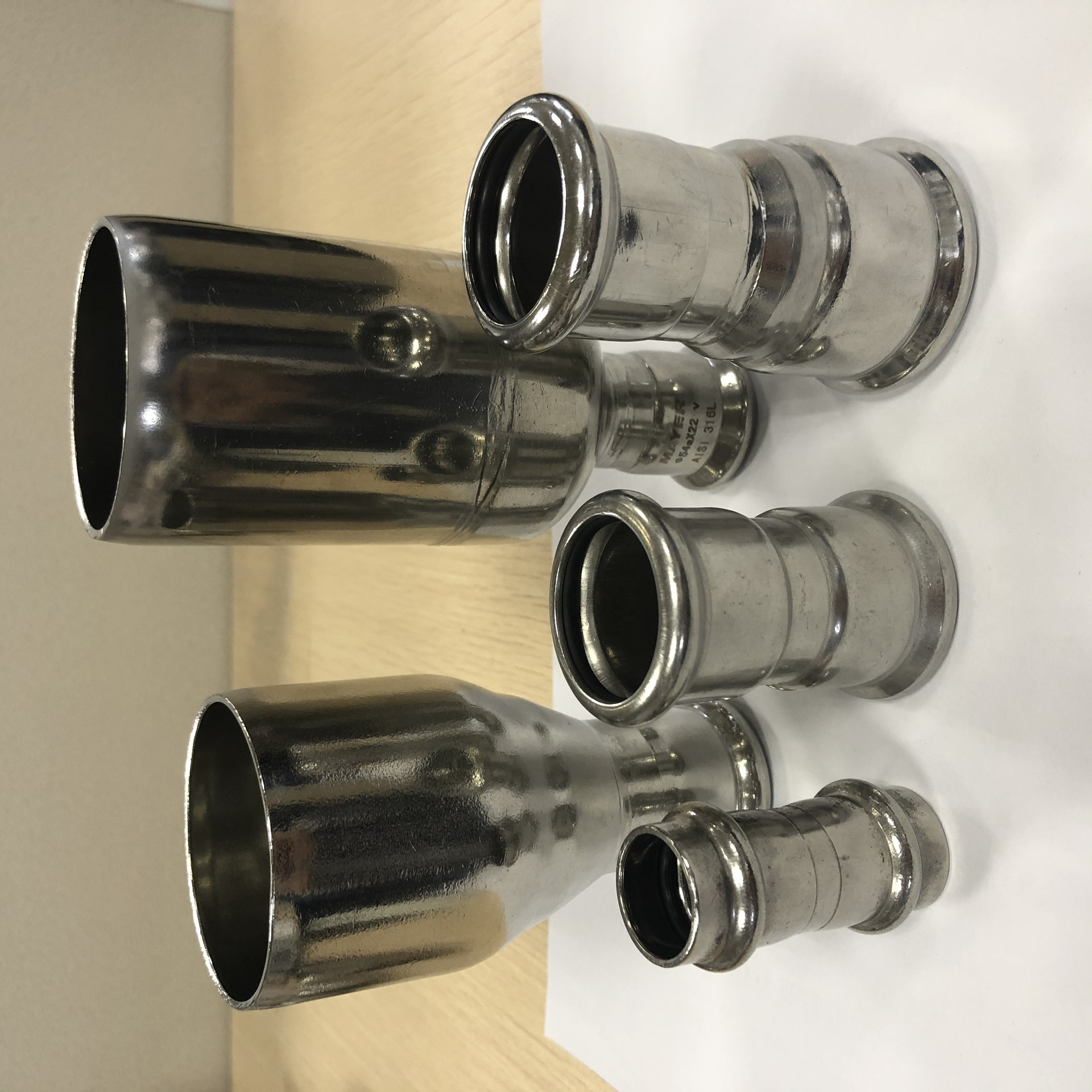 hot sales high quality stainless steel coupling pipeline fittinf for plumbing material 304/316l
