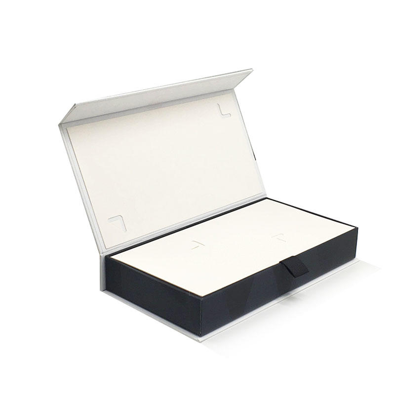 Garment Packaging Bow Tie Blanket Boxes with Hot Foil with Clear Pvc Window Lid And Base for T Shirt Packing With Foam Insert