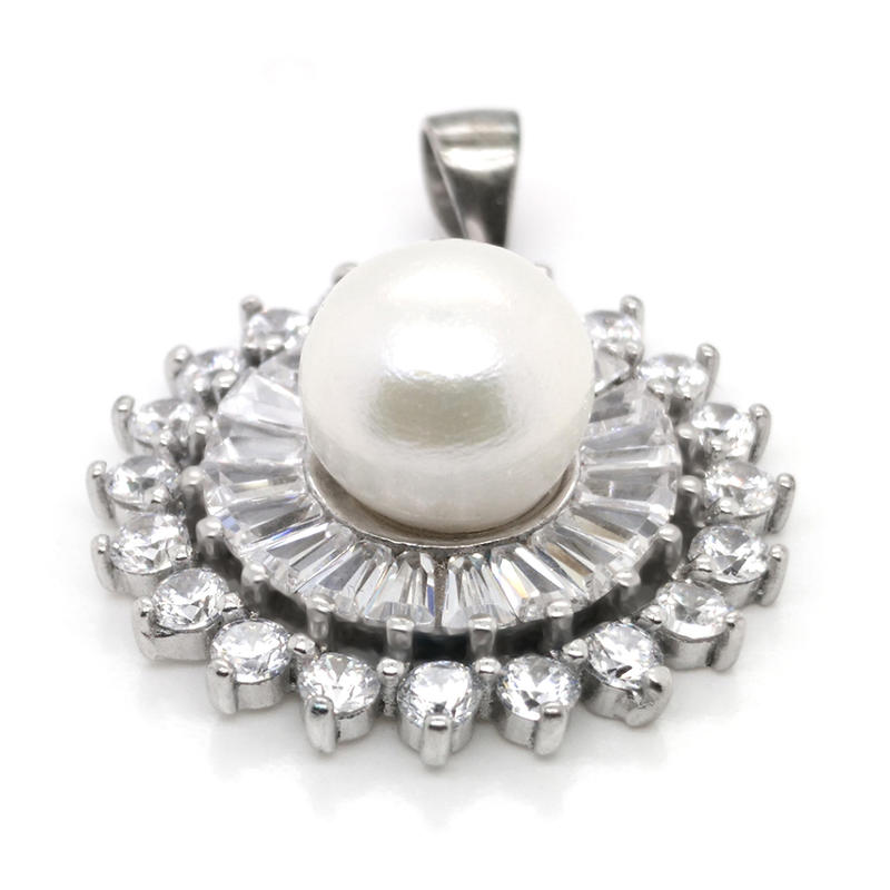 Beautiful 925 Silver Mother Of Pearl Moonlight Design Anniversary Pendant