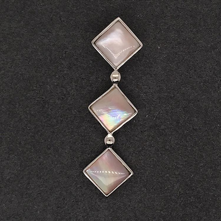 Graceful Popular Silver Square Design Pink Crystal Shell Female Favor Pendants