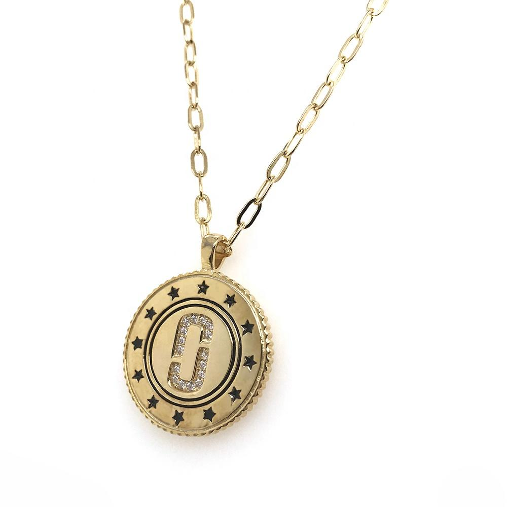 Wholesale Gold Plated Round-Shaped Star-Surrounded Letter Charm Pendant