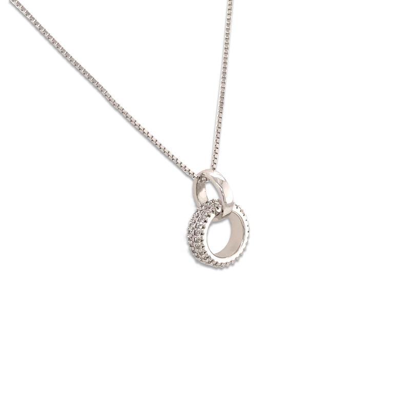 Modern Model Accessory Interlocking Circle Necklace Sterling Silver Allah Pendant