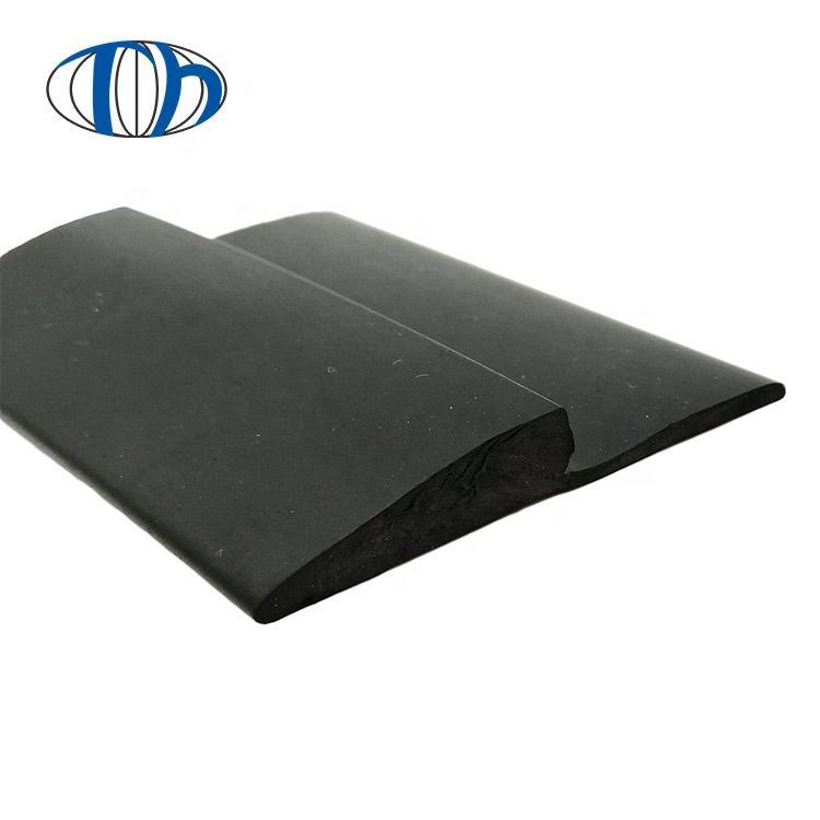 Customized outside flooring use flexible pvc ramp edges