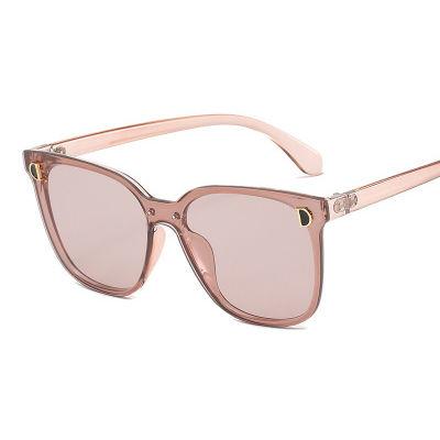 EUGENIA OEM Square Vintage Oversized PC Women Vintage Sunglasses