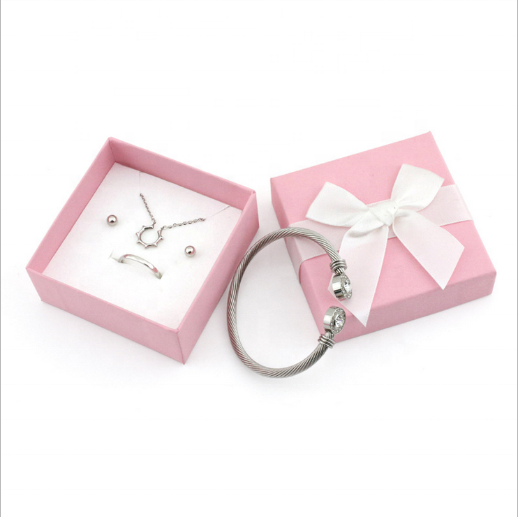 Pink Paper Packaging Ring Gift Custom Mini Jewelry Box With Ribbon