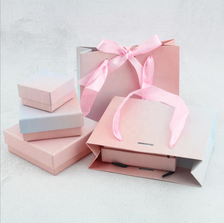 Wholesale Jewelry Packaging Matt Fashion Square Jewelry Box for Bracelet Pendants Ring Earrings Jewelry Box