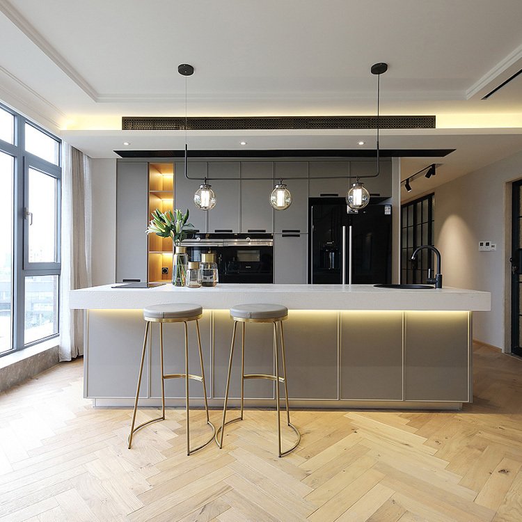2021 NEW Luxury Design Grey Solid Wood open Kitchen Cabinets made in china and Factory Direct Sales