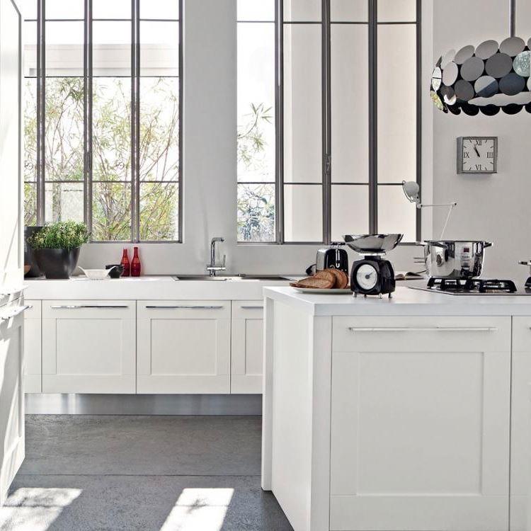 Cheap Price Kitchen Under Small Cabinet DesignLighting
