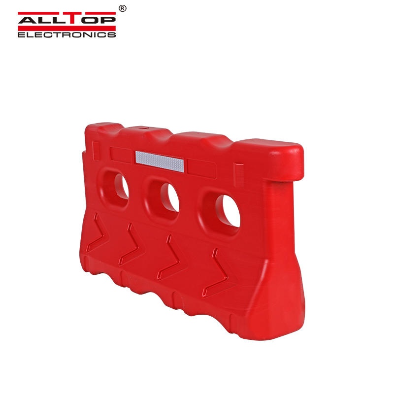 Red Yellow plastic road safety anti crash water filled traffic barriers
