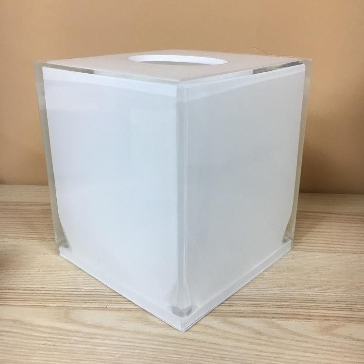 Luxury White Hotel Clear Resin Bathroom Tissue Box Cover