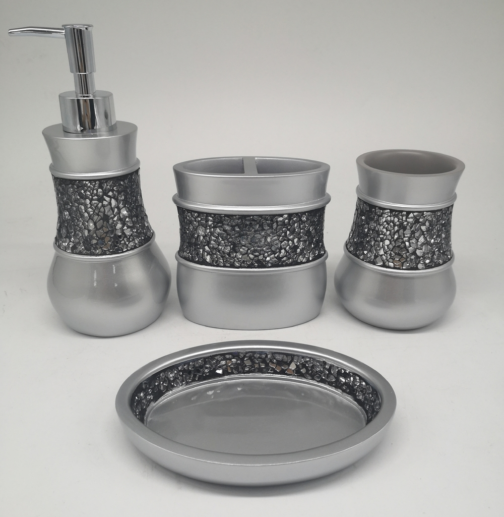 Mosaic Finish Silver Brushed Polyresin Bathroom Accessory Set For Home and Hotel