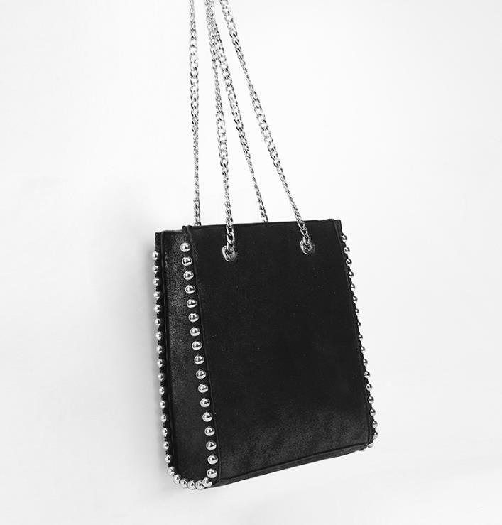 Large Capacity Tote Rivet Leather Bag Women Fashion Chain Rivet Bag Women Shoulder Bag