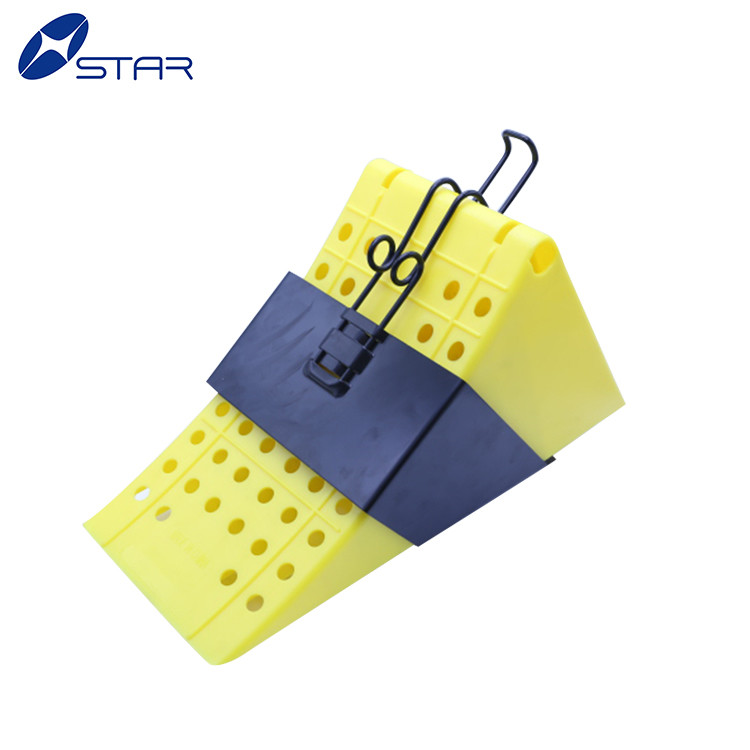 Low Price rubber wheel chock with handle stop