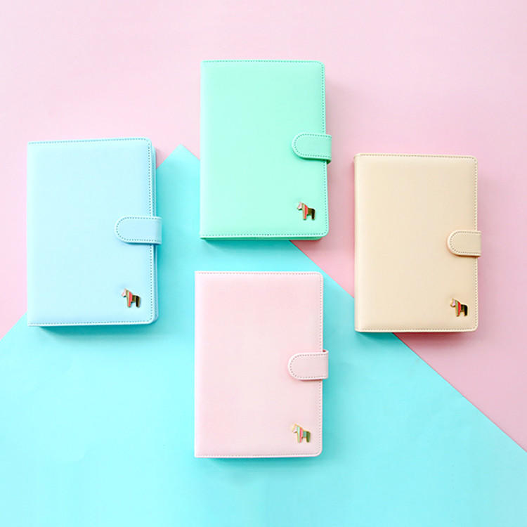 product-Dezheng-Custom Wholesale Hardcover Business Notebooks Colorful A5 A6 Pu Leather TravelerS Pl-1