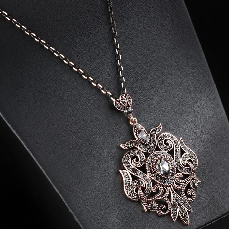 Fantastic Bohemian Jewelry Hollow Custom Charm Necklace Medallion