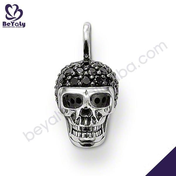 Black crystal-studded skull design artificial jewellery for men