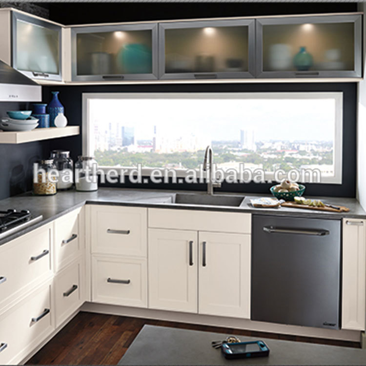 2020 High Quality Manufacture with Good Price Modern Solid Wood Kitchen Cabinet