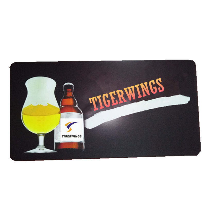 Tigerwings 2018 new design wholesale beer runner custom rubber material bar mat with logo for promotion