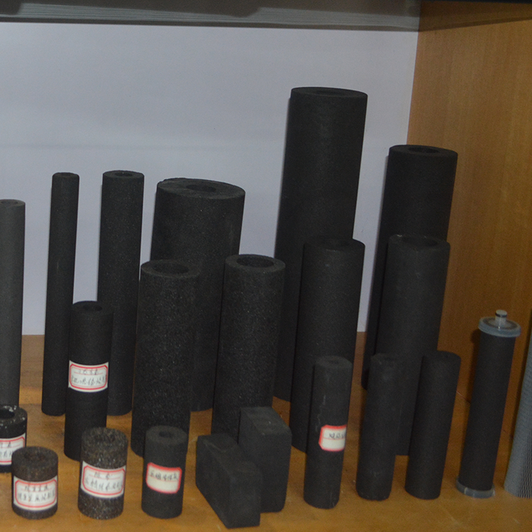 Chinese low price sintered activated carbon block filter1 5 10 25 microns