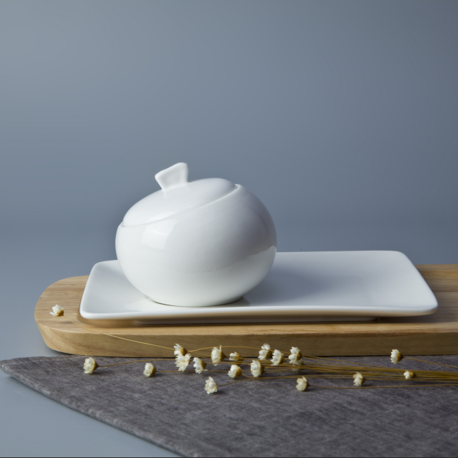 2017 Hot selling china porcelain white ceramic sugar canister