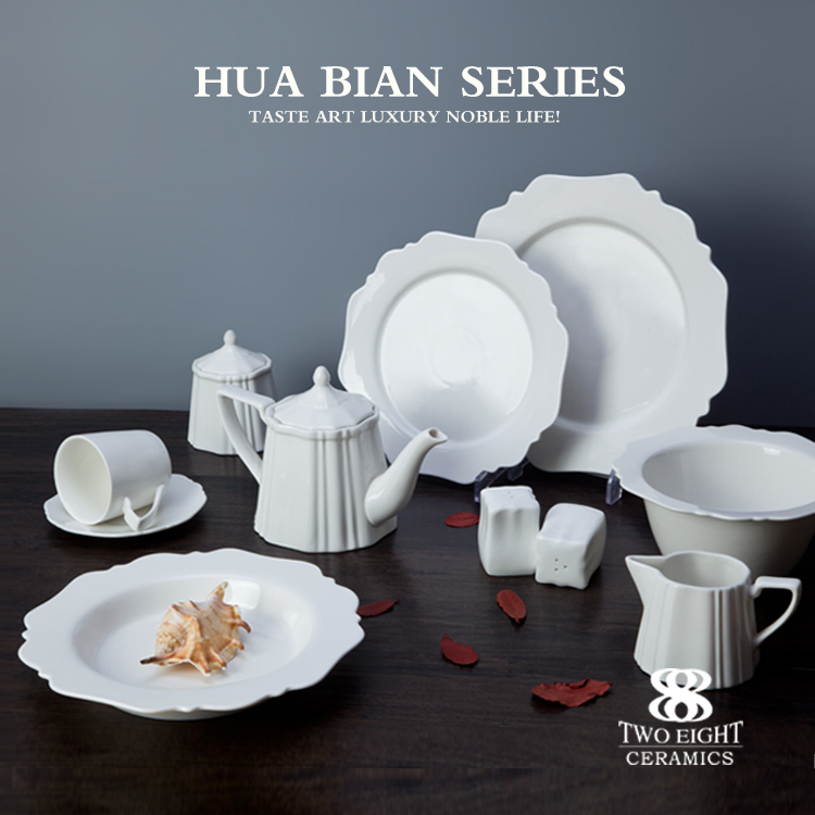 Royal Porcelain Tableware Luxury Antique Dinnerware Sets Ceramic