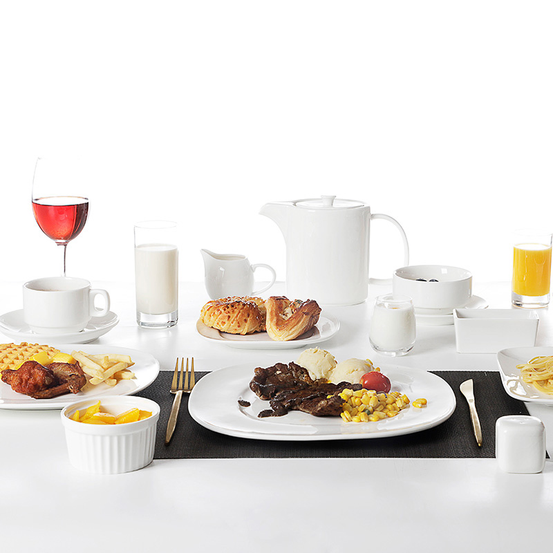 Saudic Arabic Hot Sale Restaurant Luxurious Square Dining Set, Hotel Ceramics Dinner Set, Cafe Porcelain Square Dinnerware Set