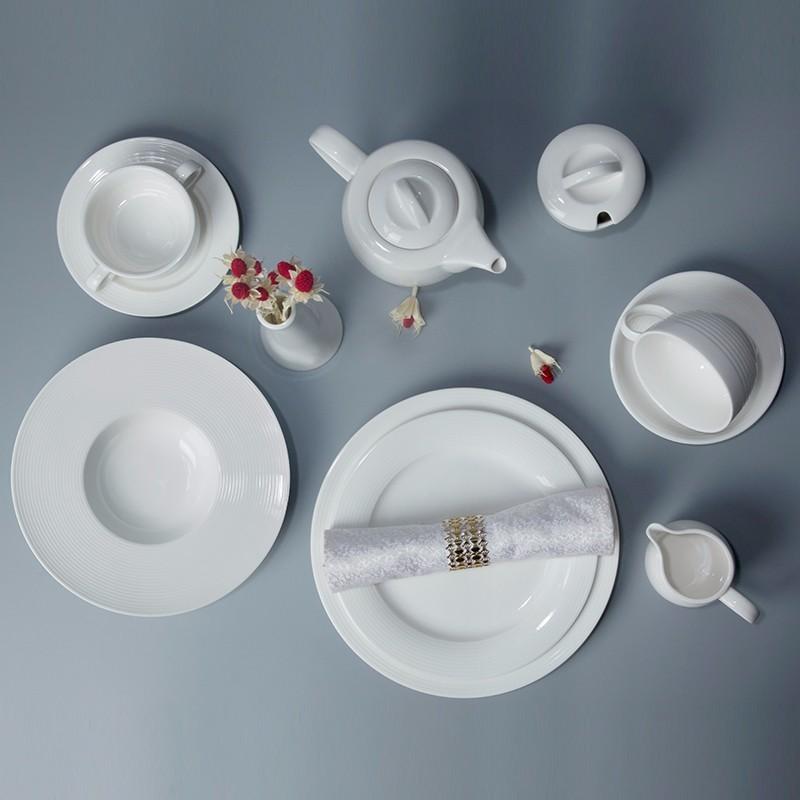laterst hotel restaurant wedding event banquetbest seller popular crockery dinner set