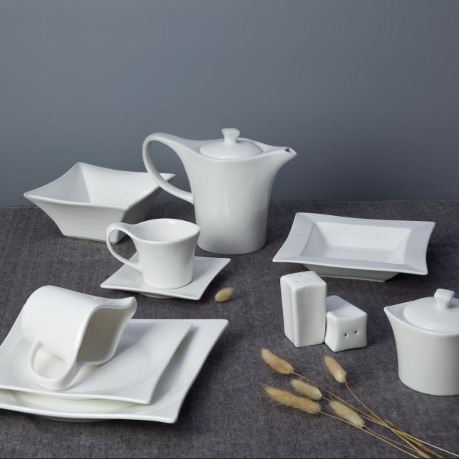 Dinnerware sets wholesale hotel super white restaurant dinner set microwave oven safe ceramic dinner set dinnerware