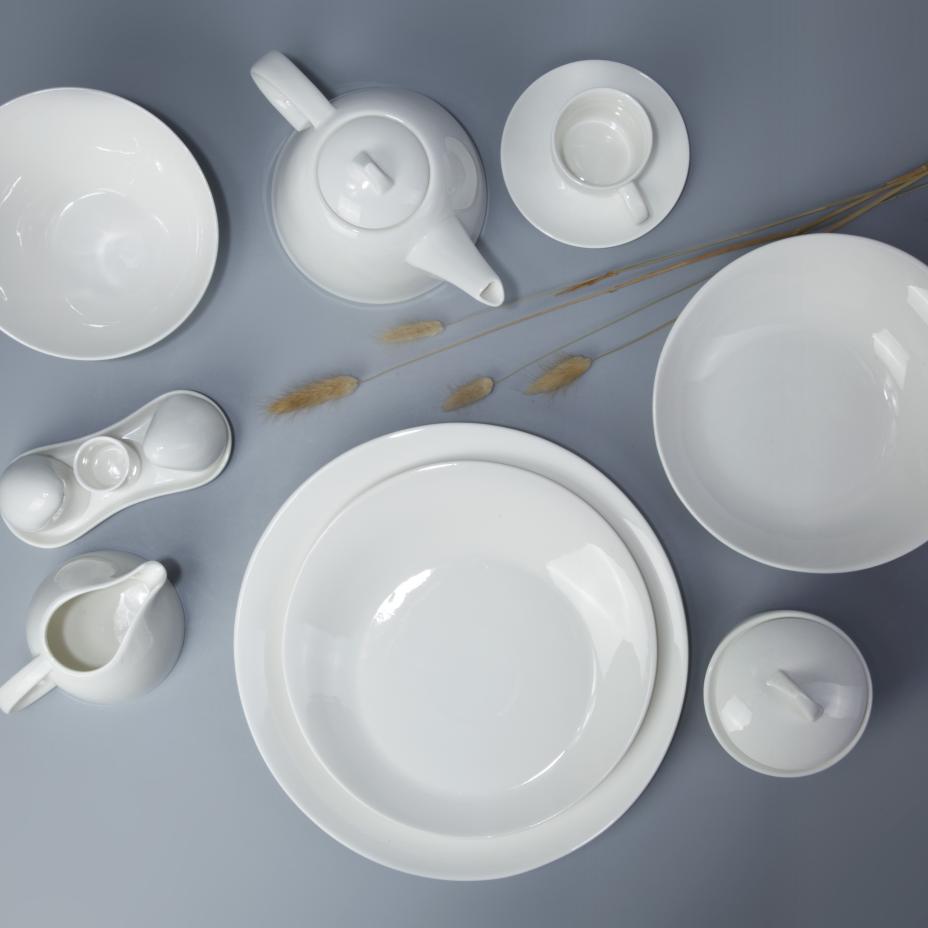 Factory unique ceramic ware white china porcelain dinnerware set