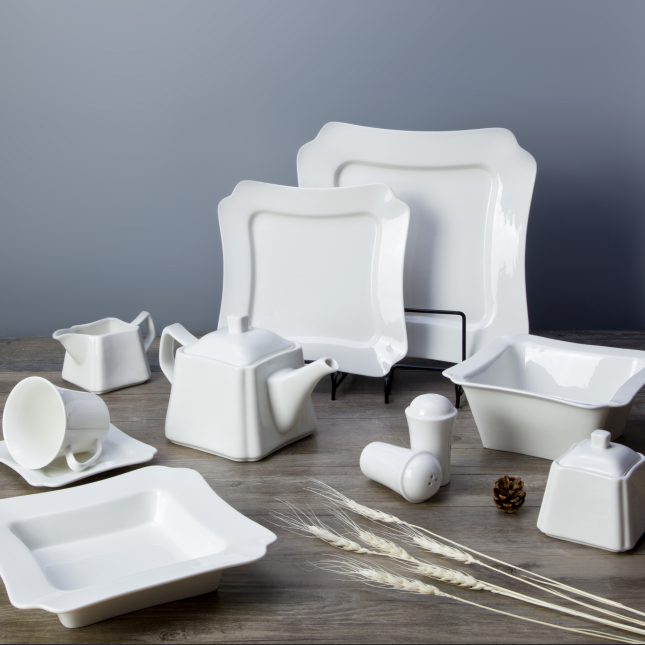 WholesaleWhite dinner sethotel crockery White dinner set durable fine porcelain dinnerware set