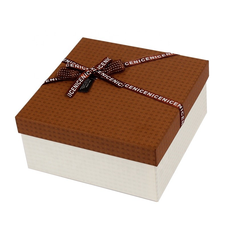 Custom logo sizes colorboxes for gifts paper packaging