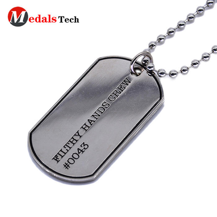Wholesale military customfashion metal dog tag for man
