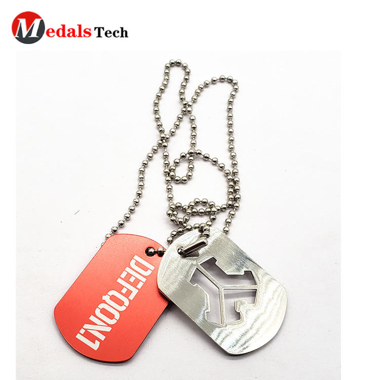 Custom silver plating printedlogo funnycut out metaldog tag