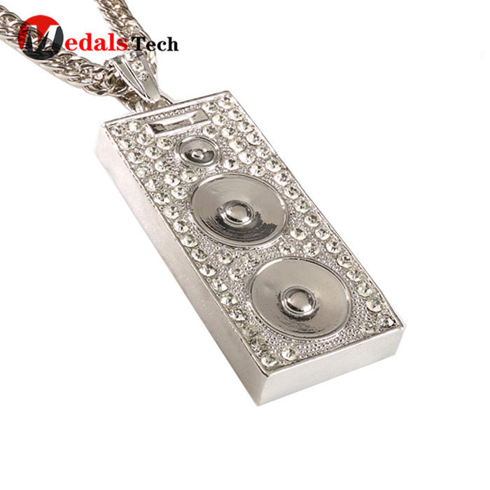 Popular shinny gold pendant necklace chain gift dog tag for girls