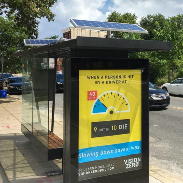 Outdoor Furniture Metal Solar Energy Bus Stop Shelter Station