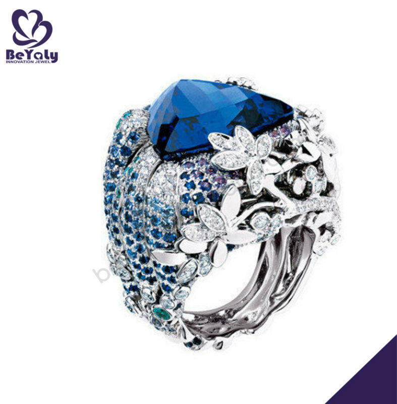 Luxurious flower smart engraved blue indian stone ring