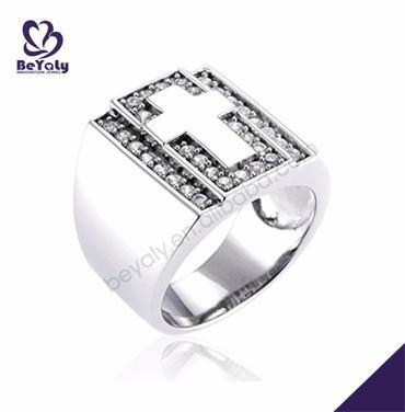 Elegant ladies costume crucifix diamond wedding rings