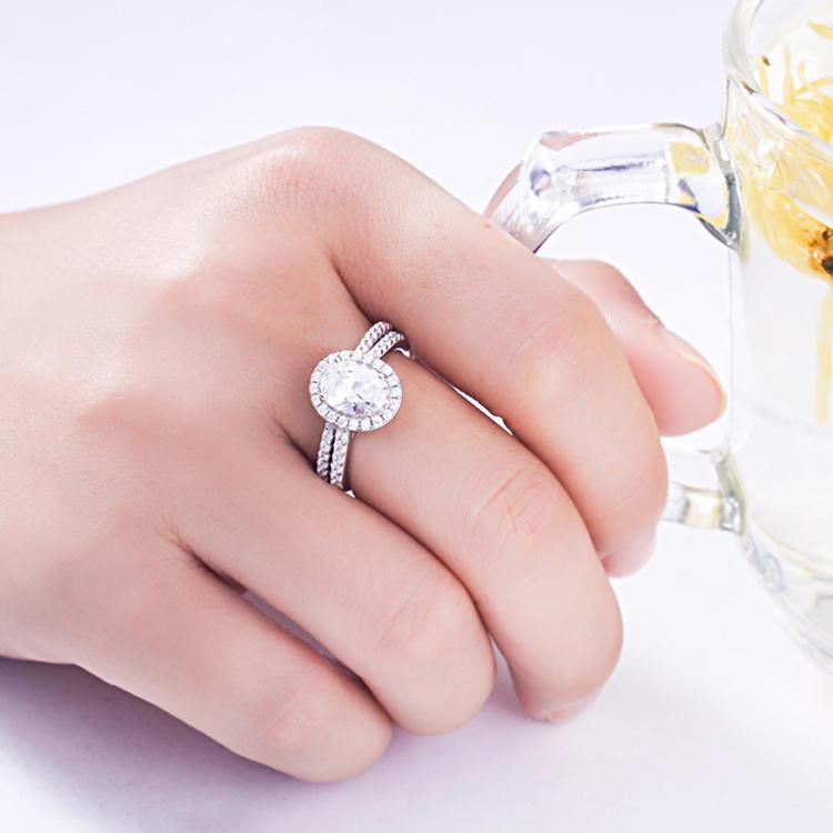 Exaggerated 925 Silver Micro-Set Zircon Pigeon Egg Imitation Diamond Ring Set