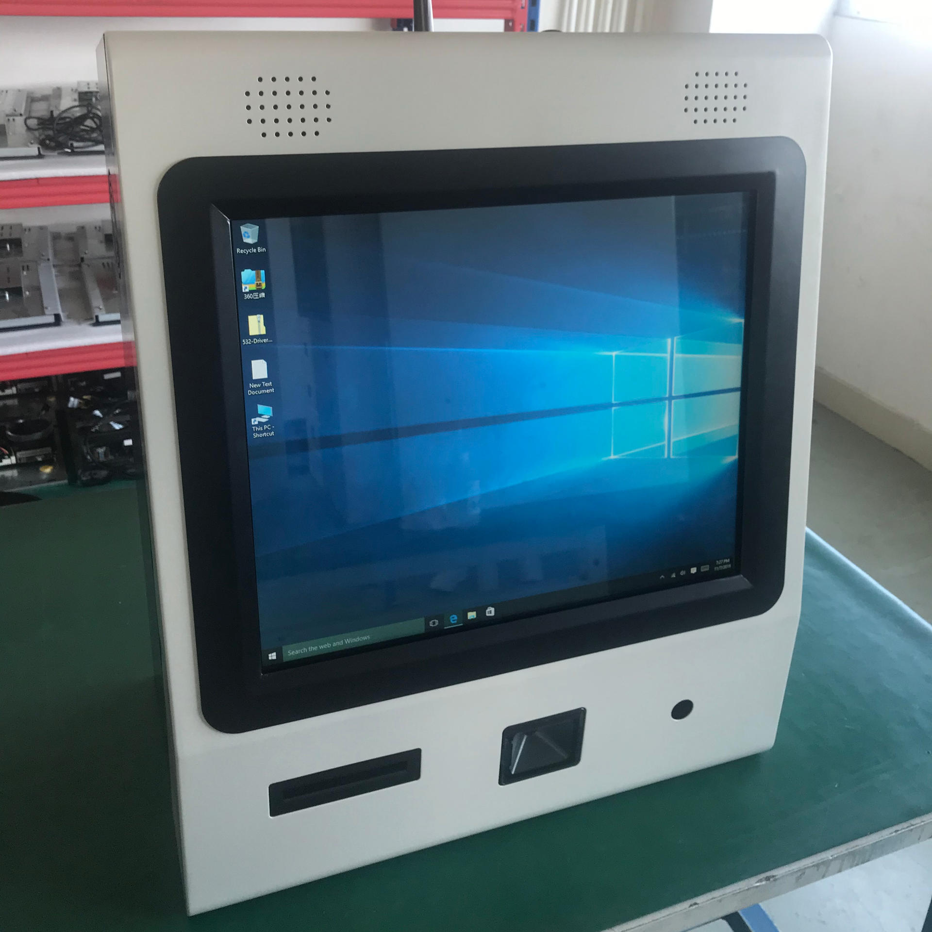 Kiosk Factory Weighing Kiosk with Barcode Scanner