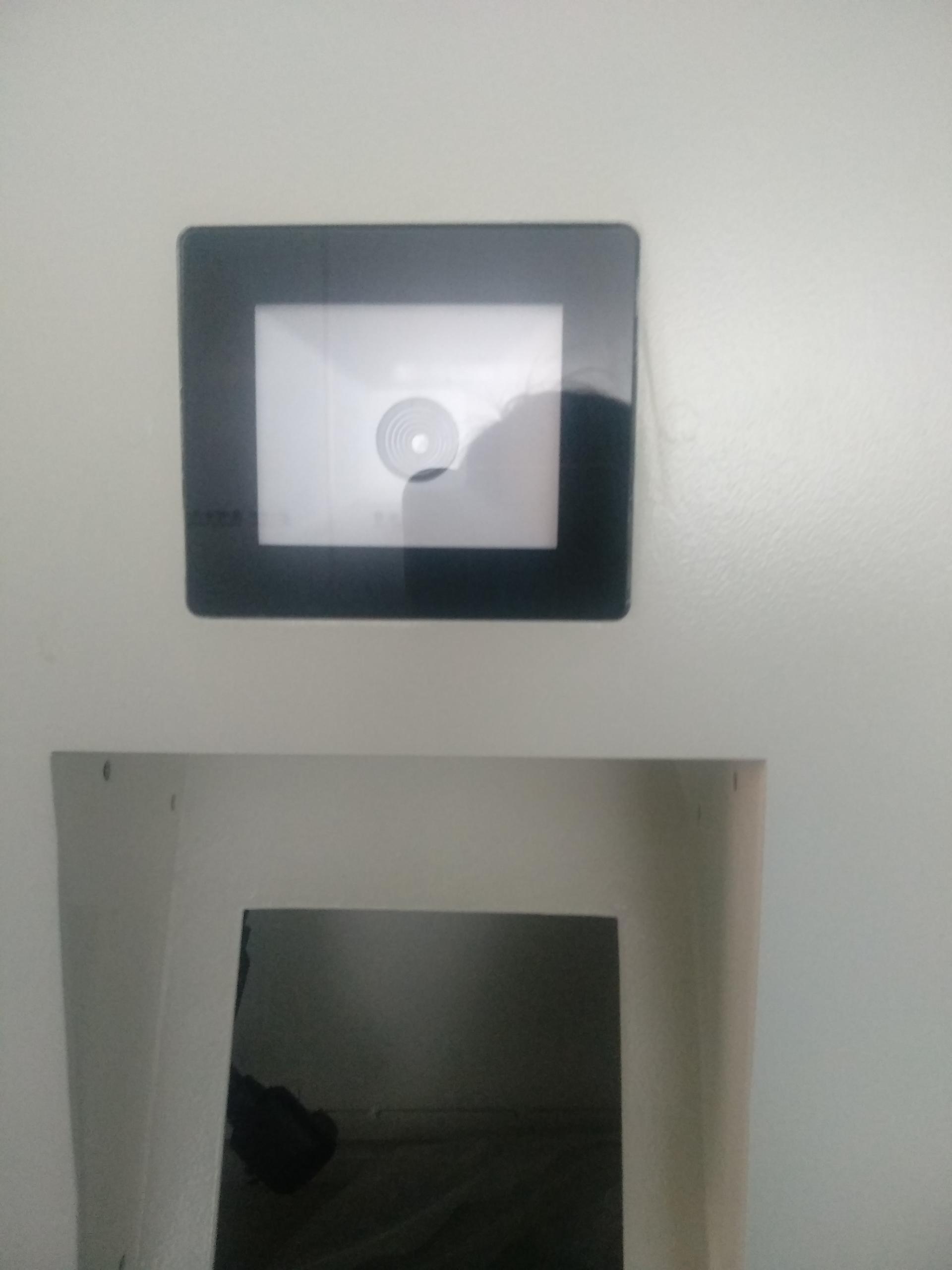 all-in-one tailormade digital signage restaurant kiosk with QR code scanner and printing