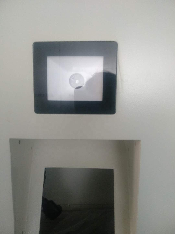 interactive standing digital signage self ordering restaurant kiosk