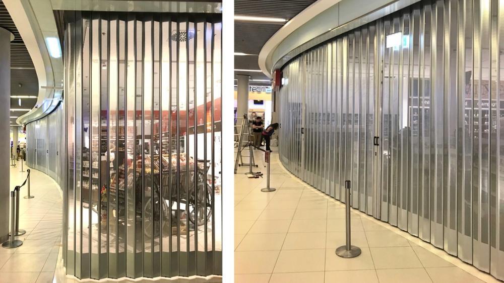 Roller Shutter Polycarbonate Folding Door Transparent Commercial Folding Door