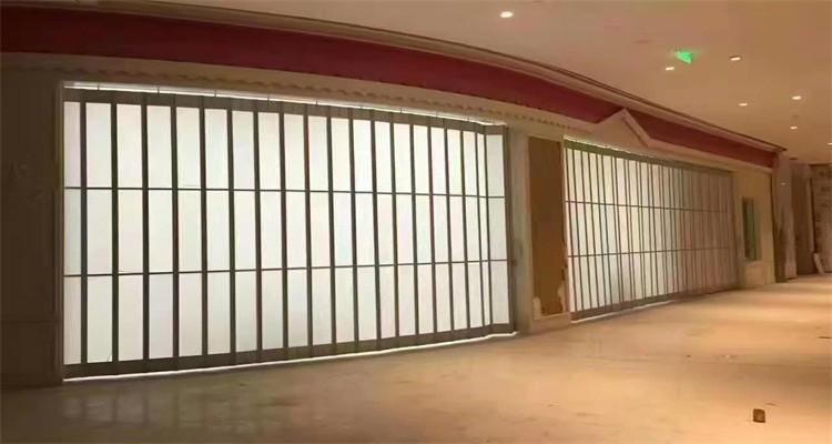 Commercial transparent sliding folding polycarbonate door for shop