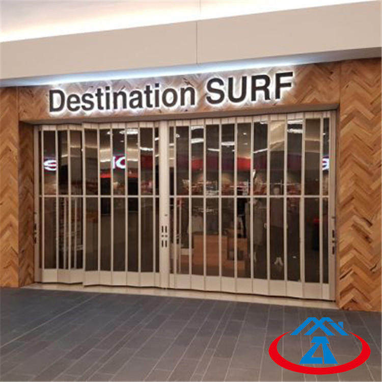 Size 6000mmW*3000mmH 300mm Width Of The PC Slat New Design Transparent Polycarbonate Crystal Folding Door