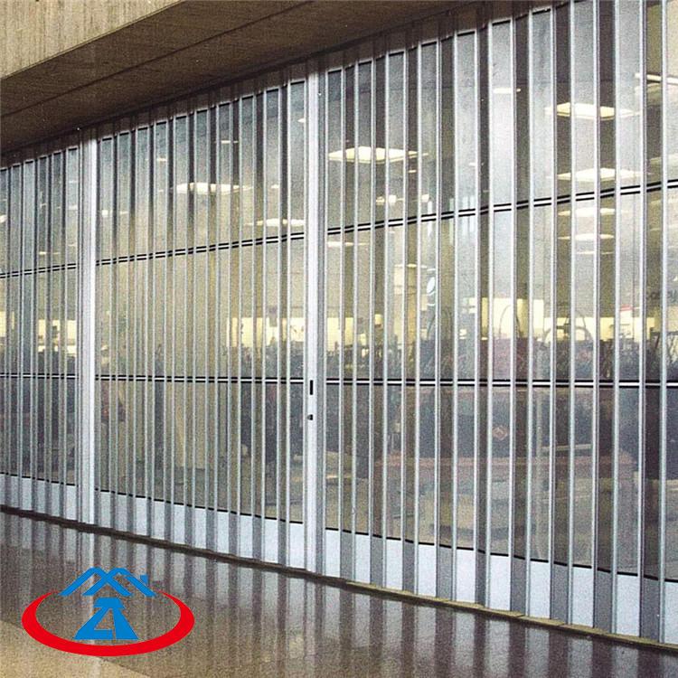 Straight Rail Size 6860mmW*3270mmH 200mm Width Of The PC Slat Transparent Polycarbonate Folding Door