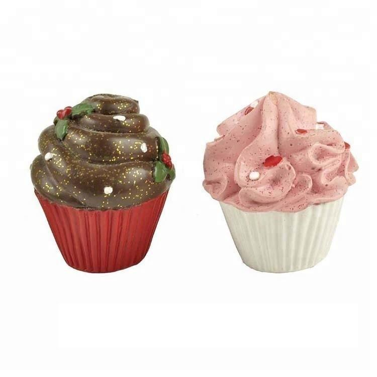 2020 Top Quality Factory Supply Polyresin Cake for Birthday Party Decoration