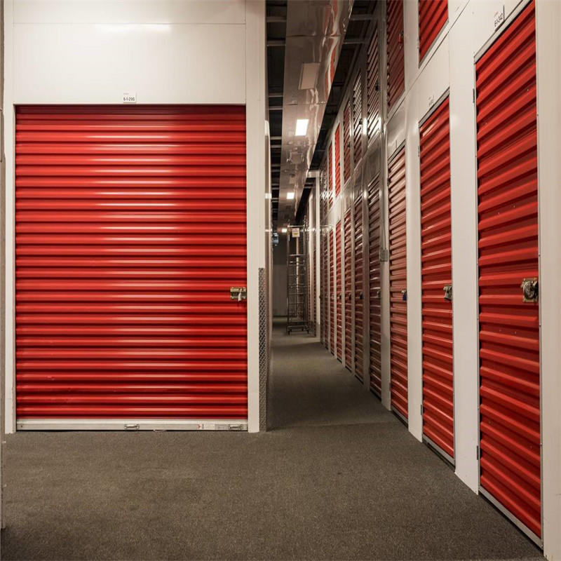 Red 0.46mm slat thickness manual self storage door roll up door ready to ship