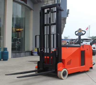 New Red 2.0 Tons Electric Pallet Stacker Forklift Electric Counterbalanced Weight 2 Stage Mast Stacker with Pedal Factory Price