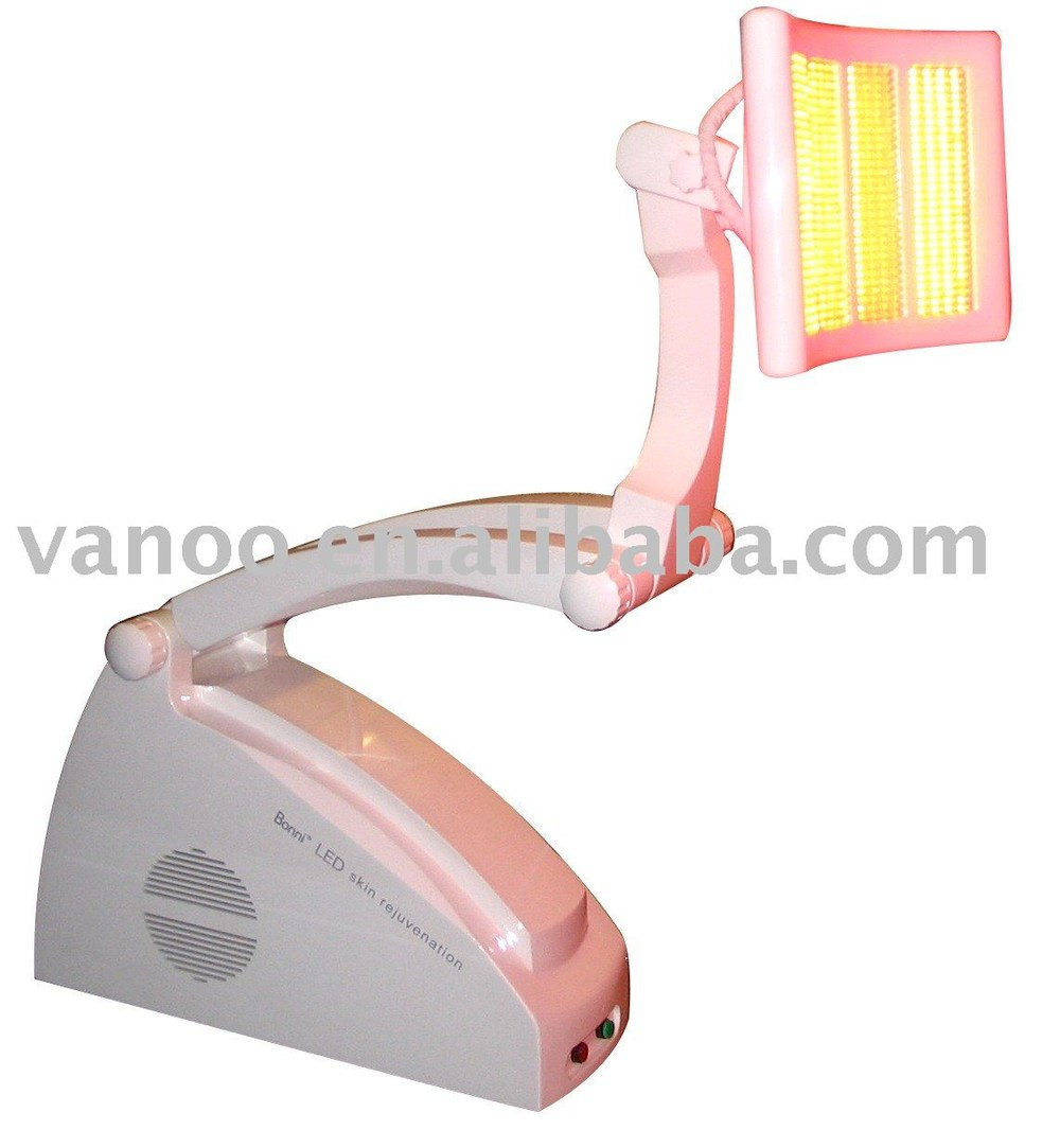Photodynamic Therapy For Acne Treatment Beauty device